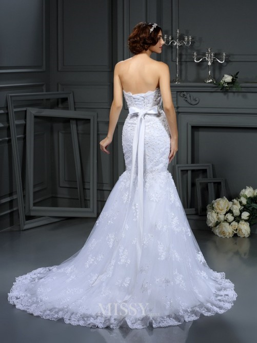 Trumpet/Mermaid Strapless Sleeveless Beading Lace Court Train Wedding Dresses