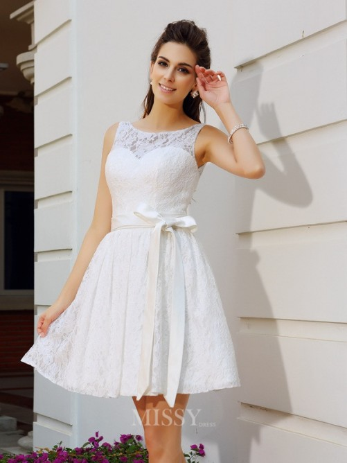 A-Line/Princess Scoop Lace Short/Mini Sleeveless Dresses