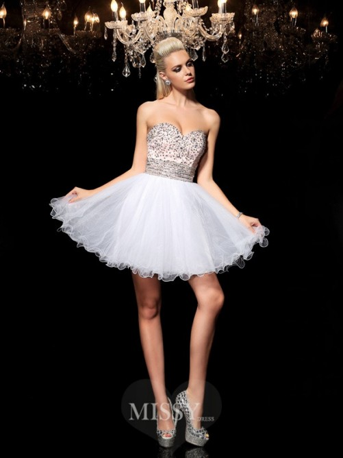 A-Line/Princess Sleeveless Sweetheart Beading Mini Net Cocktail Dresses