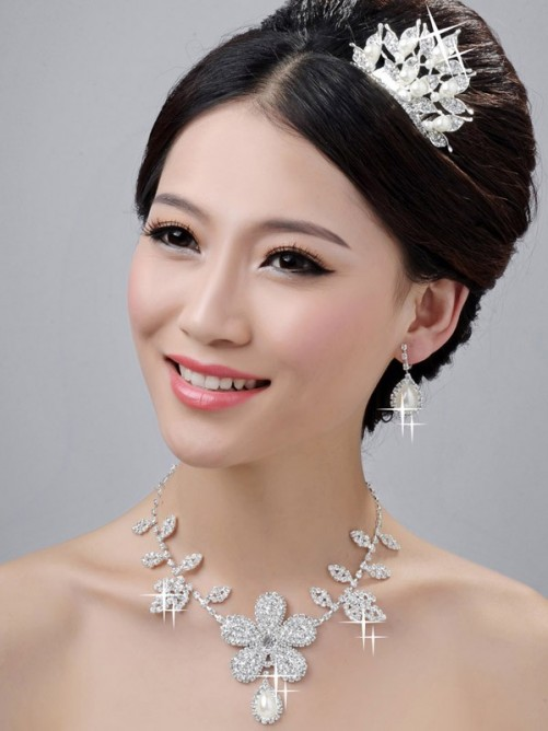 Bright Pearls Alloy Clear Wedding Headpieces Necklaces Earrings Set