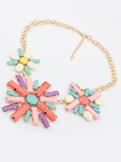 Occident Hyperbolic Colorful Flowers Necklace