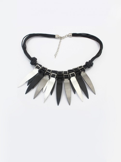 Occident Punk Personality Bunk Metallic Necklace J1109844JR