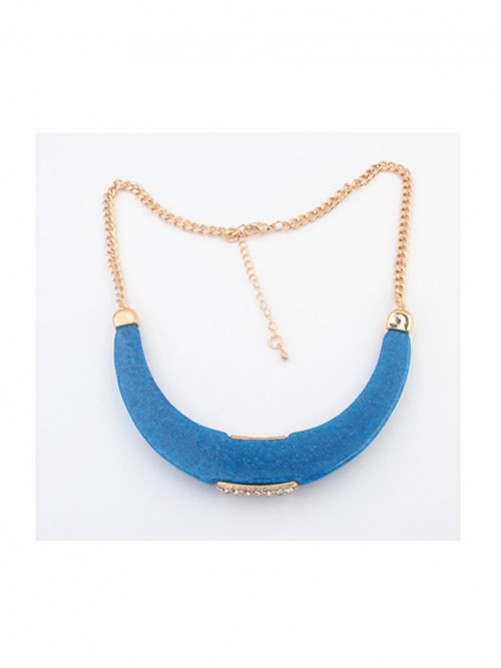 Occident Simple Arcuated Crescent Necklace J1109876JR