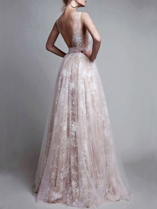 A-Line/Princess V-neck Floor-Length Tulle Sleeveless Applique Dress