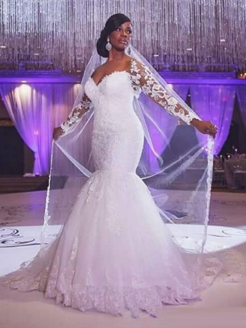 Trumpet Long Sleeves Sweetheart Sweep/Brush Train Applique Tulle Bridal Dress