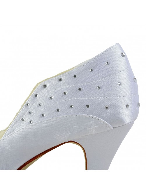 Simples Satin Closed Toe Shoes With Rhinestone