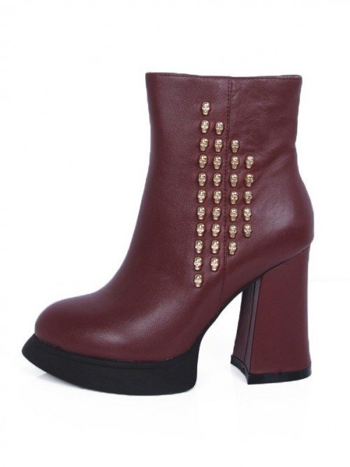 Elegant Leather Boots
