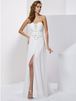 A-Line Sleeveless Sweetheart Sweep/Brush Train Chiffon Beading Dress