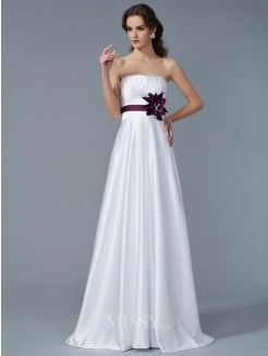 A-Line Strapless Sleeveless Hand-Made Flower Satin Sweep/Brush Train Dress