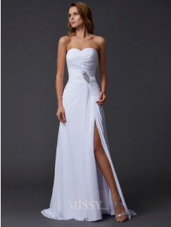A-Line Sweetheart Sleeveless Chiffon Sweep/Brush Train Beading Dress
