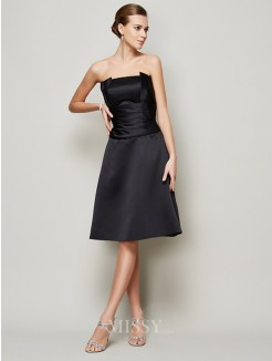 A-Line Strapless Sleeveless Pleats Knee-Length Satin Dress