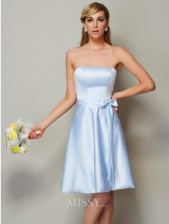 A-Line Strapless Sleeveless Bowknot Knee-Length Satin Bridesmaid Dress