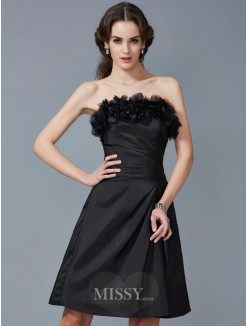 Sheath Strapless Sleeveless Hand-Made Flower Taffeta Knee-Length Dress
