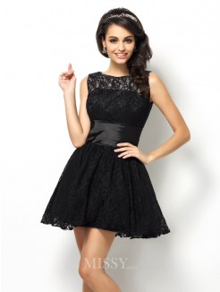A-Line/Princess Bateau Sleeveless Lace Short/Mini Lace Bridesmaid Dresses