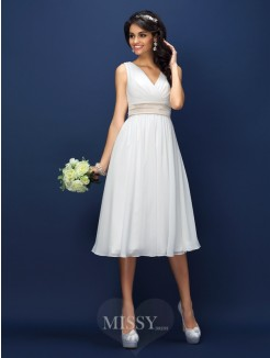 A-Line/Princess Sleeveless V-neck Pleats Sash/Ribbon/Belt Knee-Length Chiffon Bridesmaid Dresses