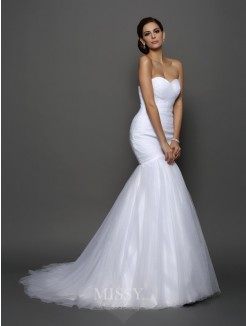 Trumpet/Mermaid Sleeveless Sweetheart Net Pleats Court Train Wedding Dresses