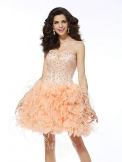 A-Line/Princess Organza Sleeveless Sweetheart Short/Mini Beading Dresses