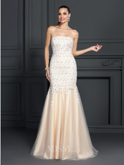 Trumpet/Mermaid Strapless Sleeveless Lace Sweep/Brush Train Satin Dresses