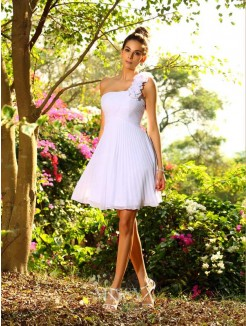 A-Line/Princess Sleeveless One-Shoulder Hand-Made Flower Chiffon Knee-Length Bridesmaid Dresses