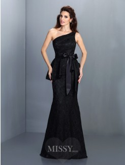 Trumpet/Mermaid Sleeveless One-Shoulder Lace Floor-Length Satin Dresses