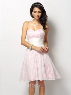 A-Line/Princess Sleeveless Sweetheart Lace Short/Mini Satin Bridesmaid Dresses