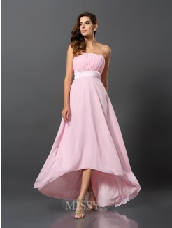 A-Line/Princess Sleeveless Chiffon Asymmetrical Strapless Dresses