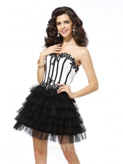 A-Line/Princess Sweetheart Tulle Applique Sleeveless Short/Mini Dress