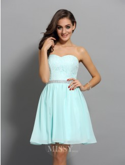 Sweetheart A-Line/Princess Sleeveless Short/Mini Chiffon Beading Dresses