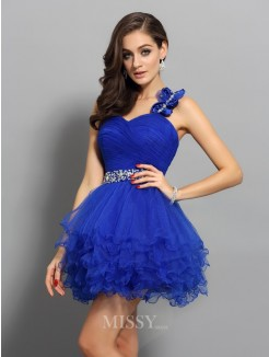 A-Line/Princess One-Shoulder Organza Sleeveless Short/Mini Beading Dresses