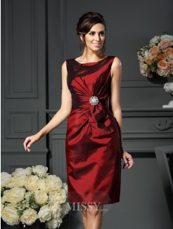 Sheath/Column Sleeveless Scoop Knee-Length Pleats Taffeta Mother of the Bride Dress