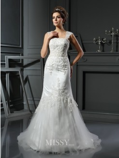 Trumpet/Mermaid Straps Sleeveless Satin Court Train Applique Wedding Dress