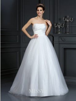 Ball Gown Strapless Pleats Sleeveless Court Train Taffeta Wedding Dresses