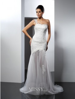 Trumpet/Mermaid Sleeveless One-Shoulder Lace Chapel Train Lace Wedding Dress