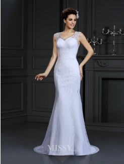Sheath/Column V-neck Lace Sleeveless Court Train Satin Wedding Dresses