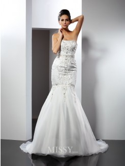 Trumpet/Mermaid Strapless Sleeveless Applique Chapel Train Satin Wedding Dresses