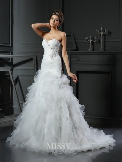 Trumpet/Mermaid Sweetheart Organza Ruffles Chapel Train Sleeveless Wedding Dresses