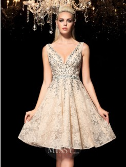 A-Line/Princess Sleeveless V-neck Beading Mini Lace Cocktail Dresses