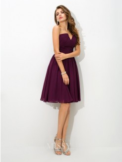 A-Line/Princess V-neck Pleats Sleeveless Knee-Length Chiffon Bridesmaid Dress