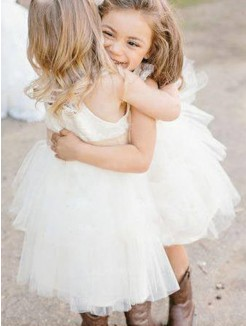 A-Line/Princess Sleeveless Knee-Length Sash/Ribbon/Belt Tulle Flower Girl Dress