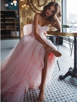 A-Line/Princess Sweetheart Sleeveless Sweep/Brush Train Ruffles Tulle Dress