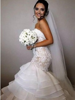 Trumpet/Mermaid Sleeveless Ruffles Sweetheart Chapel Train Applique Lace Organza Wedding Dresses