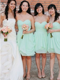A-Line Sleeveless Sweetheart Short/Mini Chiffon Bridesmaid Dress