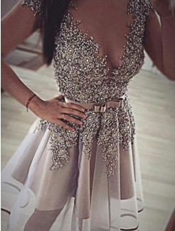 A-Line/Princess Sleeveless V-neck Sequin Organza Short/Mini Prom Dresses