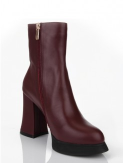 Burgundy Cattlehide Leather Boots
