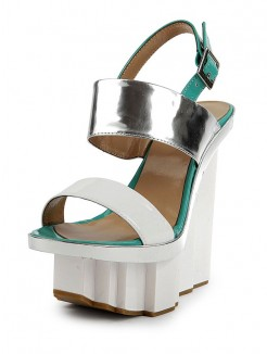 Nice Patent Leather Wedges Sandals