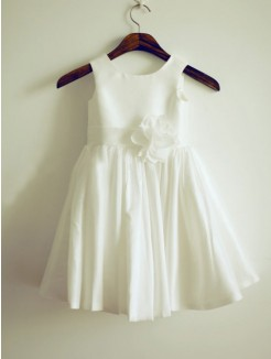 A-line/Princess Jewel Sleeveless Hand-Made Flower Knee-Length Taffeta Dresses