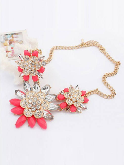 Occident Stylish Exquisite Flowers with Necklace