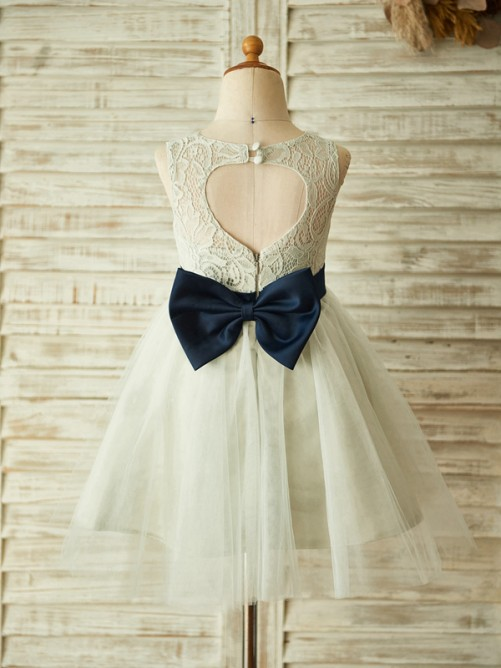 A-Line/Princess Lace Tulle Sleeveless Scoop Knee-Length Flower Girl Dresses