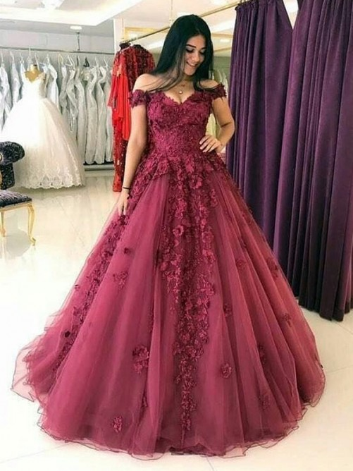 Ball Gown Off-the-Shoulder Sweep/Brush Train Sleeveless Applique Tulle Dresses