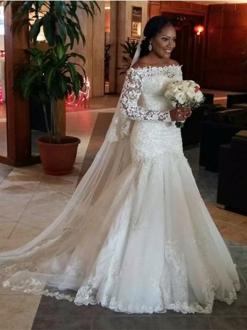 Trumpet Off-the-Shoulder Long Sleeves Lace Sweep/Brush Train Tulle Bridal Dress